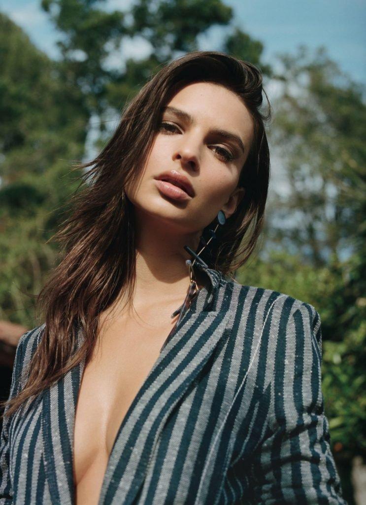 Emily Ratajkowski Sexy (14 New Photos)