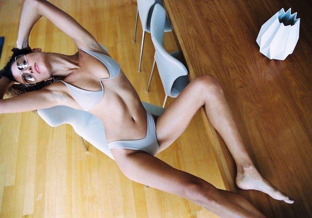 Gabrielle Caunesil Nude & Sexy (29 Photos)