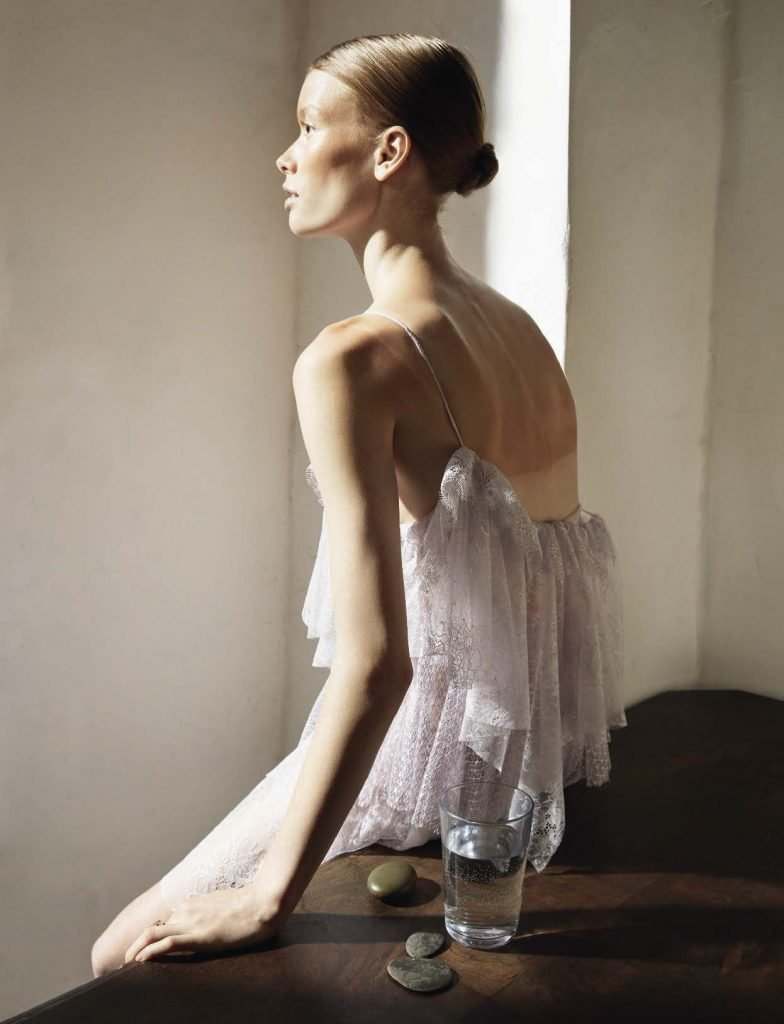 Julia Hafstrom Topless & Sexy (8 Photos)