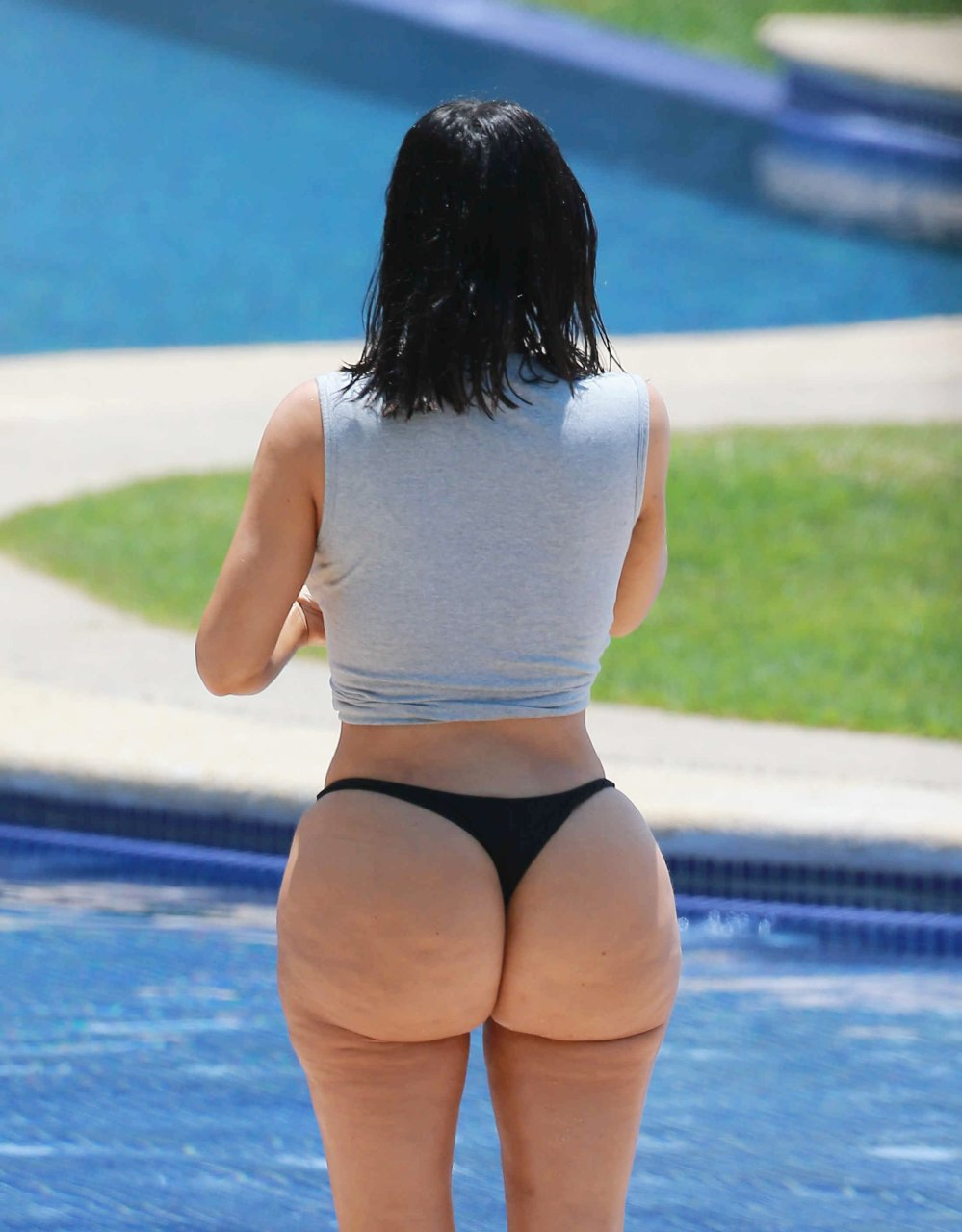 Massive Ass In Thong