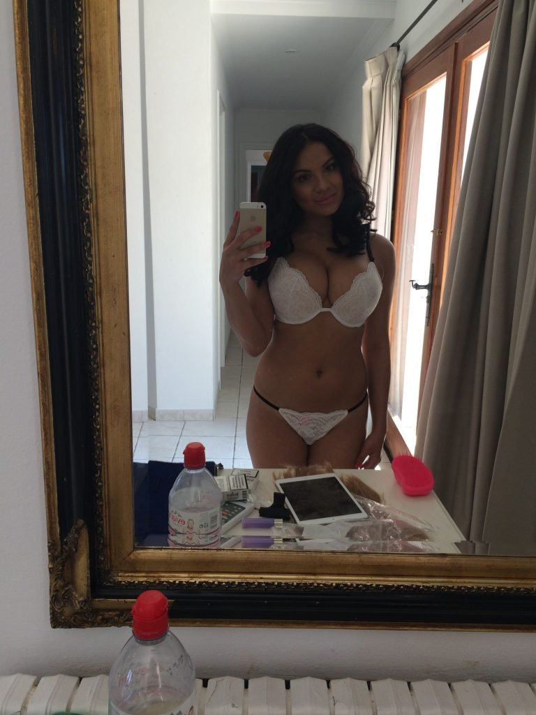 nude (44 photo), Sexy Celebrites photos