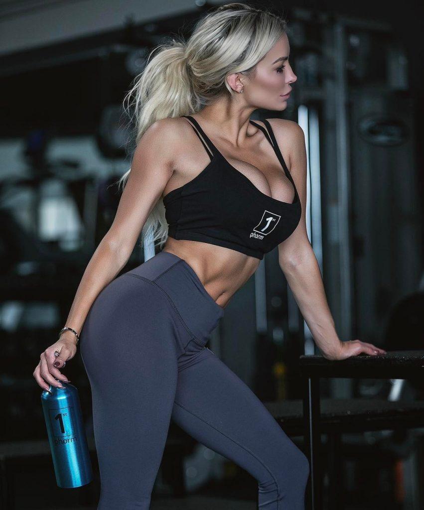 Lindsey Pelas Sexy (6 New Photos)