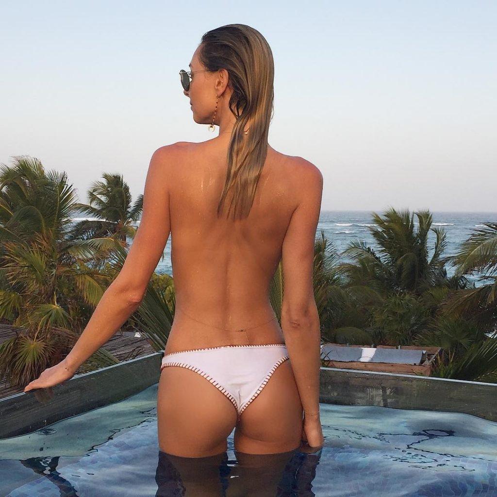 Ludi Delfino Sexy (20 Photos)