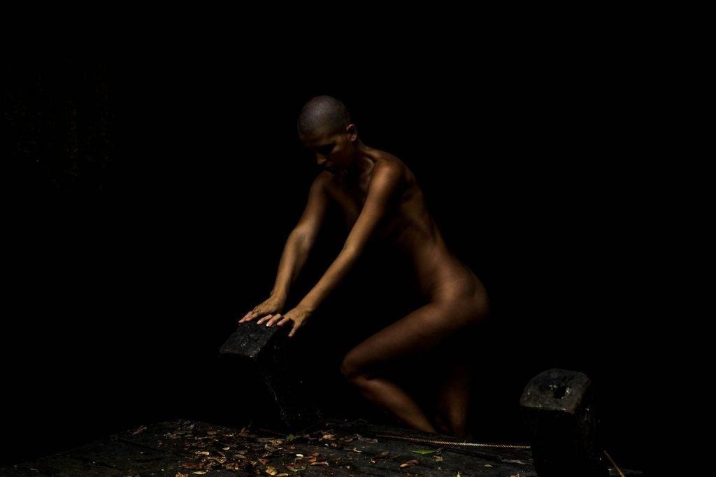 Marisa Papen Nude (15 Photos)