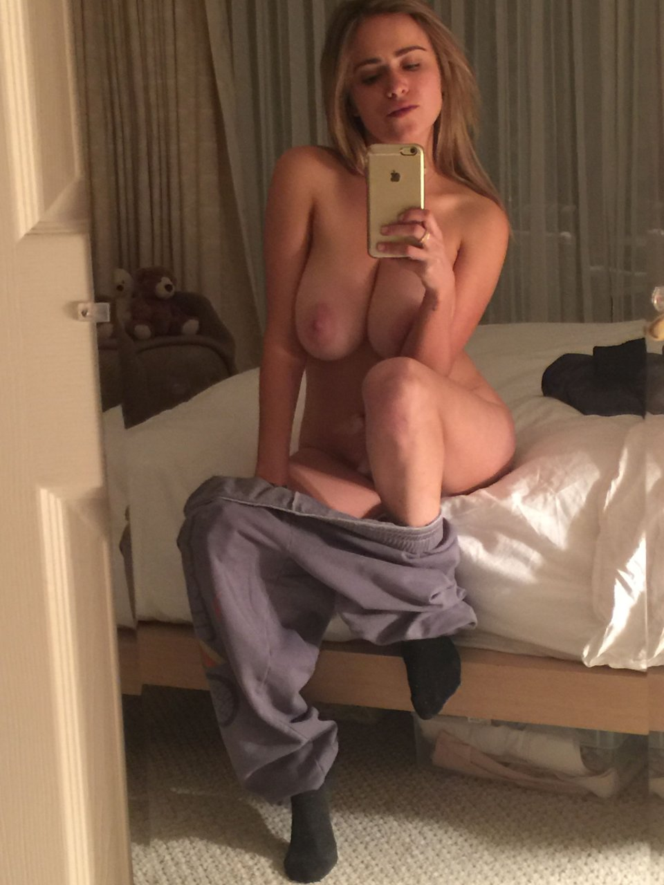 nicolle radzivil leaked 23 photos thefappening