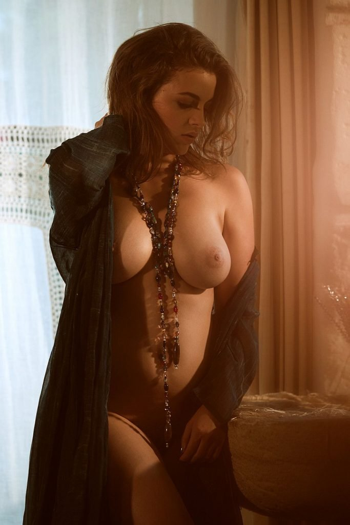 Ronja Forcher Nude (15 Photos + Video)