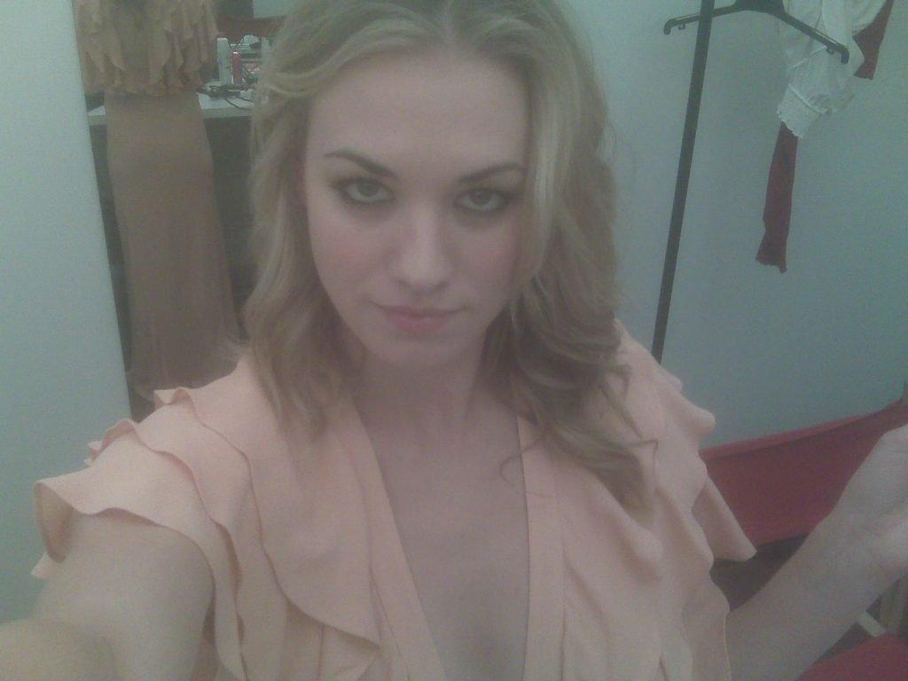 Yvonne Strahovski Leaked (54 Photos)