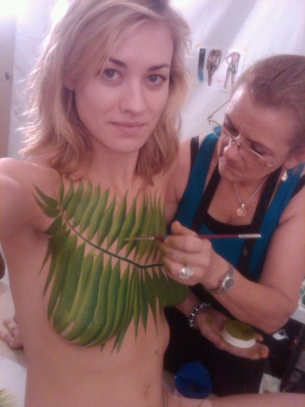 Yvonne Strahovski Nude Fakes 5