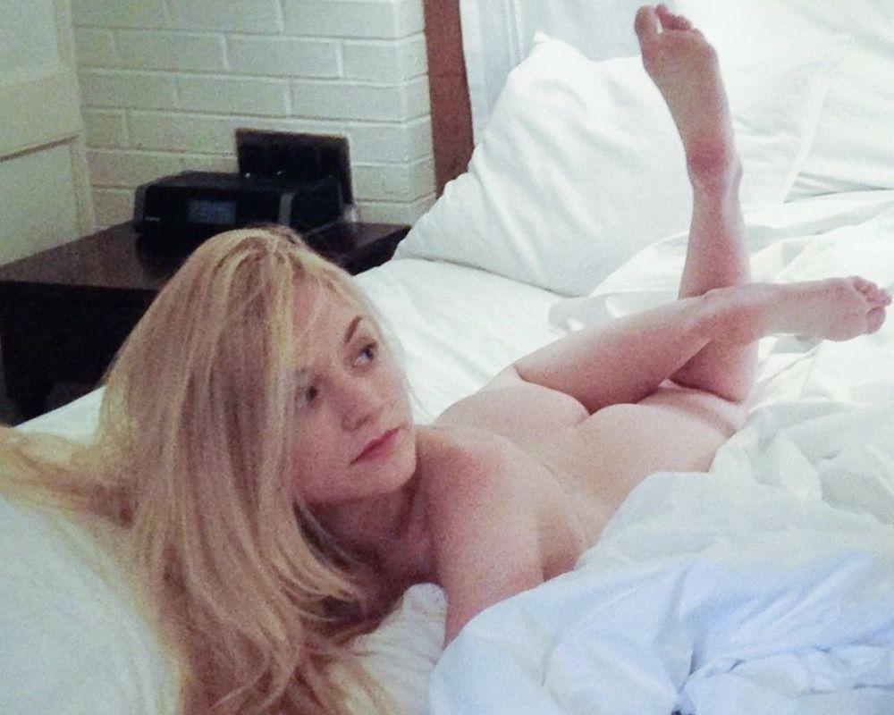 Porn emily kinney 50 Sexy