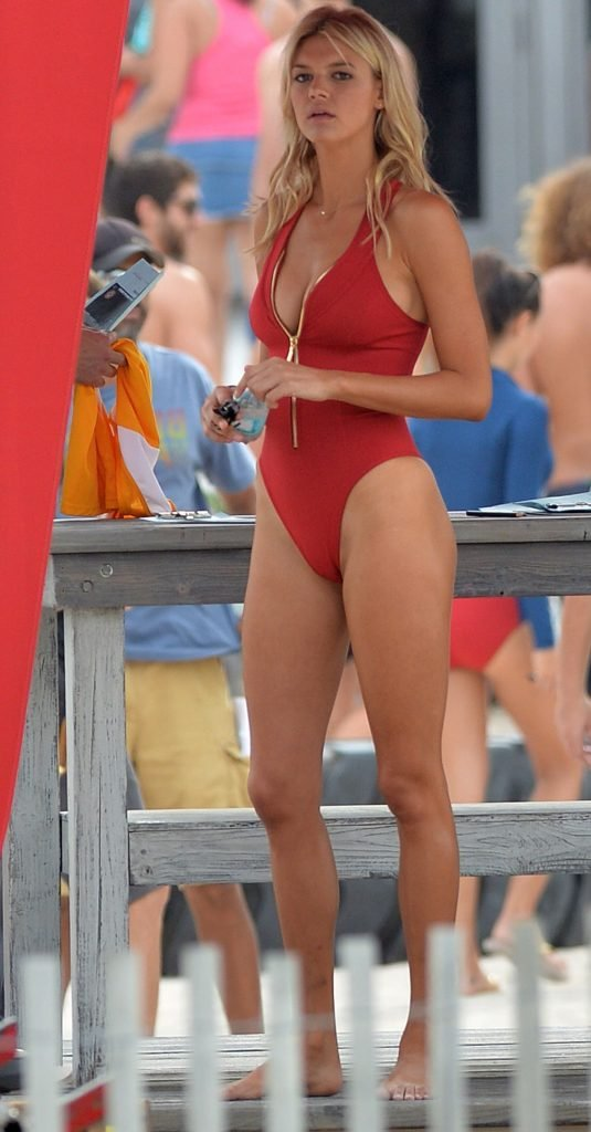 Alexandra Daddario, Ilfenesh Hadera, Kelly Rohrbach Sexy (56 Photos + Video)