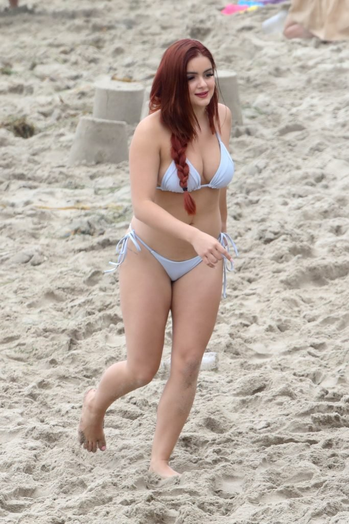 Ariel Winter Sexy (36 Photos + GIFs & Video)