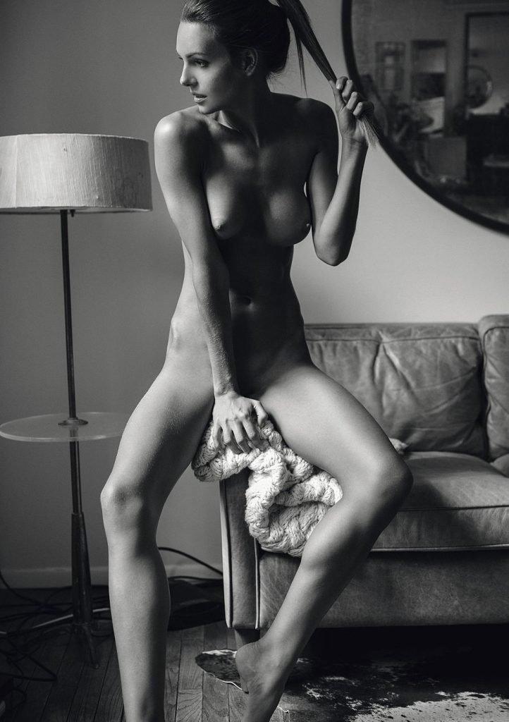 vanessa blake naked