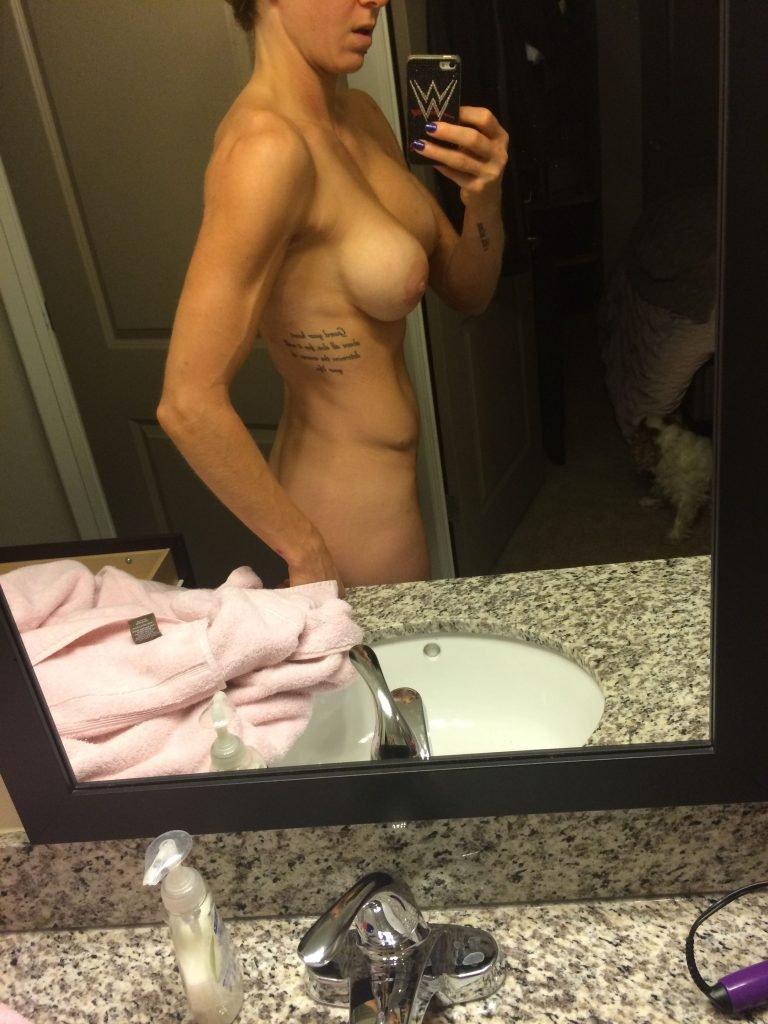 wwe charlotte flair naked