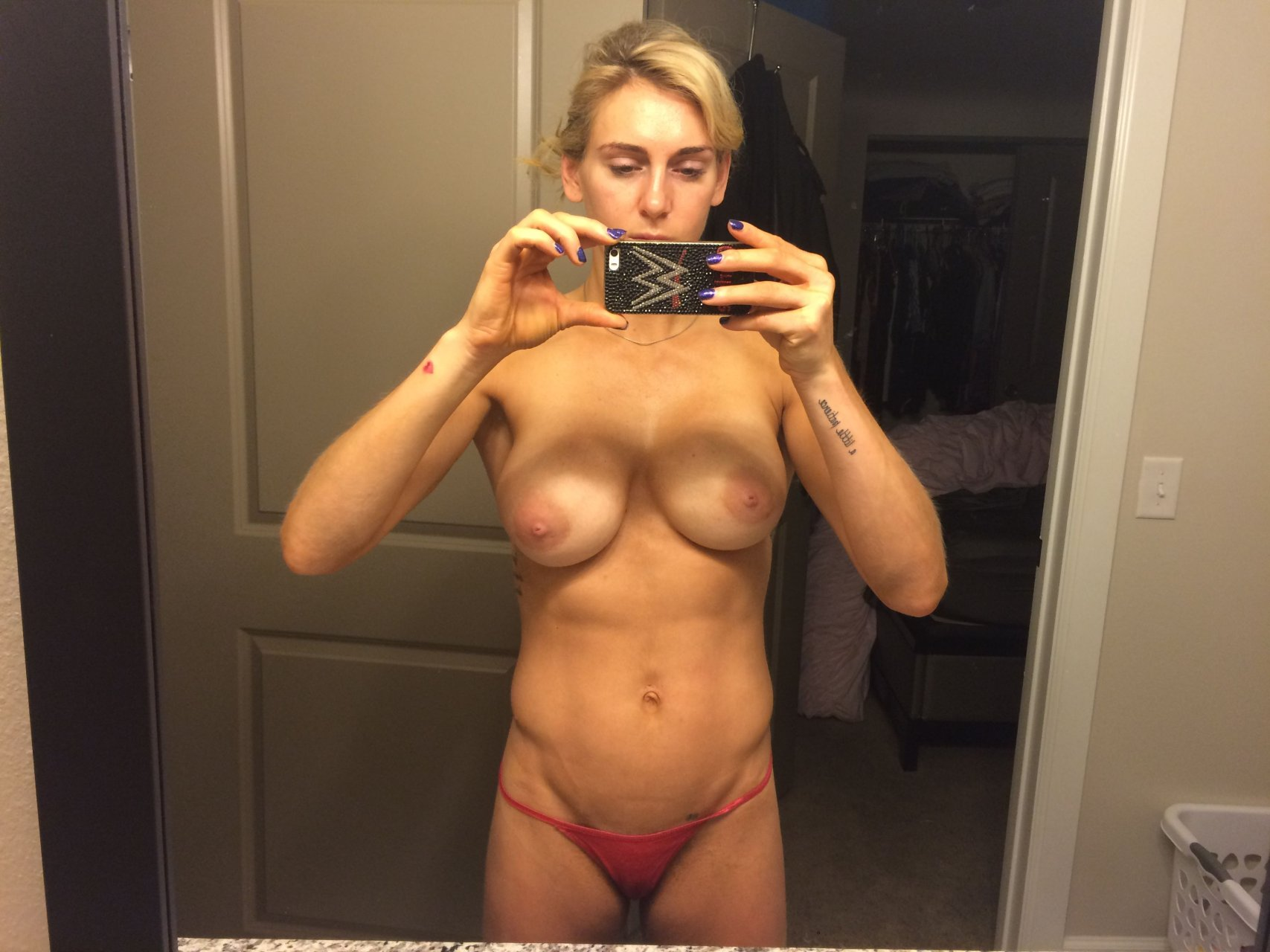 Real girls go nude