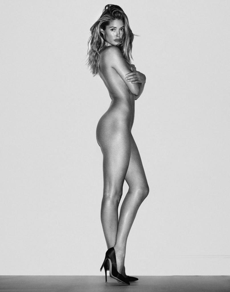 Doutzen Kroes and Lara Stone Nude (3 Photos)