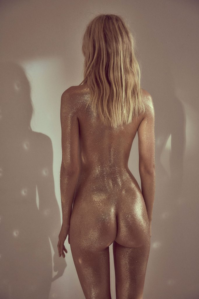 the sexiest naked woman alive
