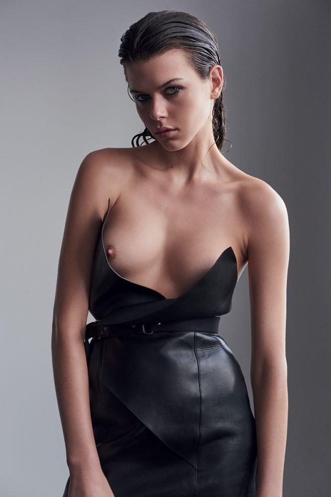 Georgia Fowler Sexy & Topless (5 Photos)