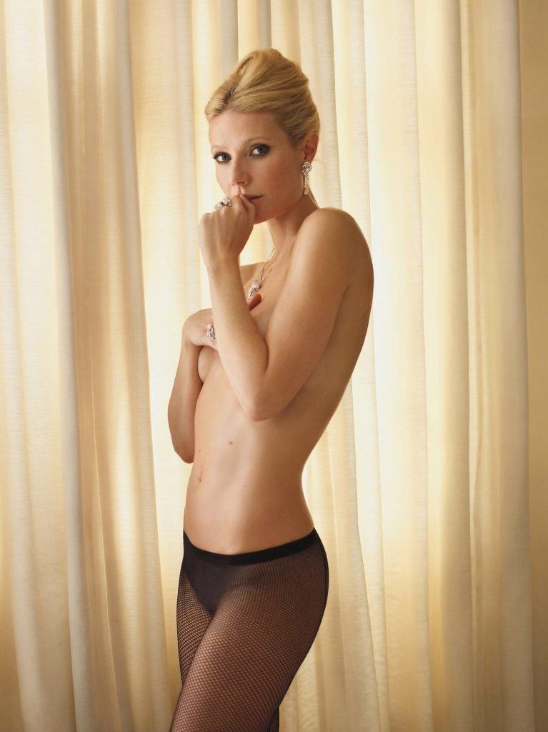 Gwyneth Paltrow Topless (1 Photo)