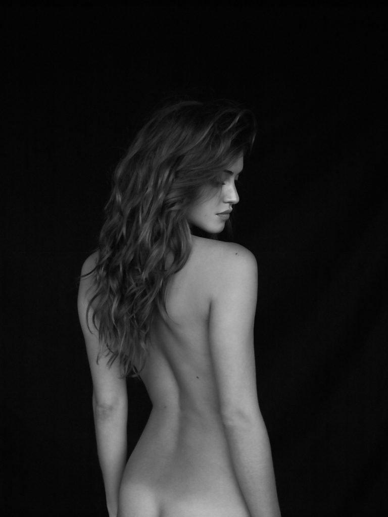 Jehane Paris Naked (5 New Photos)