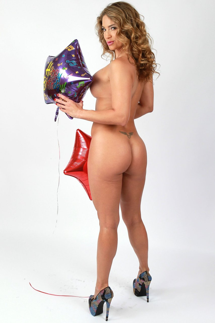 jennifer lee nude