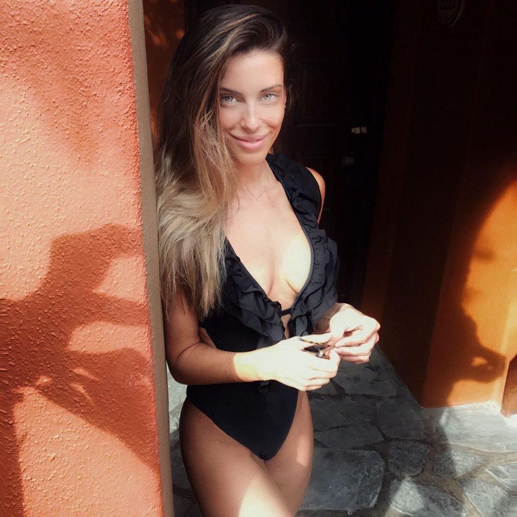 Jessica Lowndes (2 New Photos)
