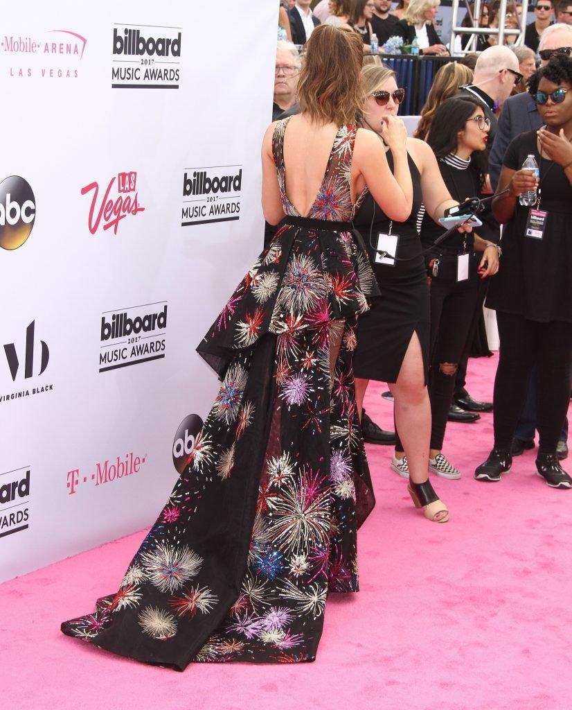 Kate Beckinsale Sexy (19 Photos + Video)