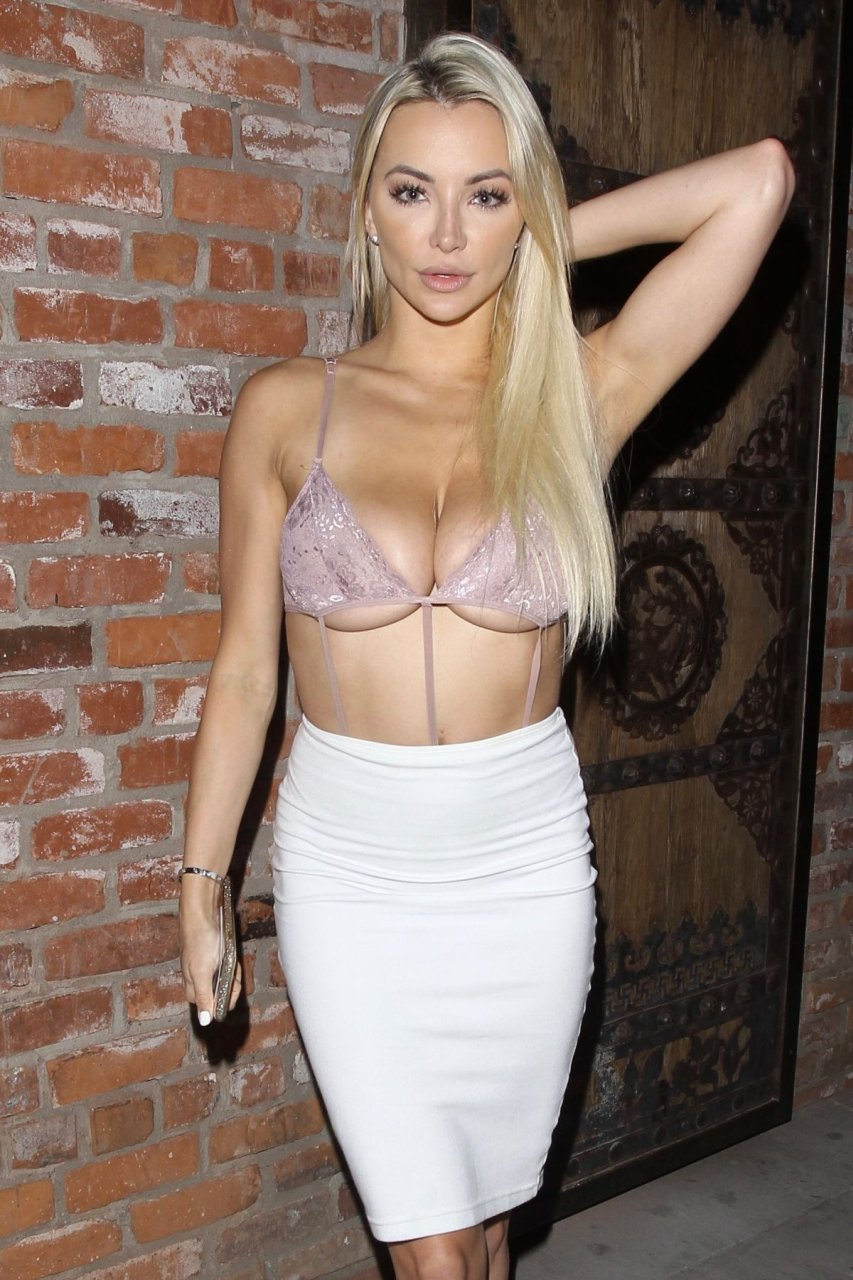 Lindsey pelas sexy topless 27 Photos gifs - 2019 year