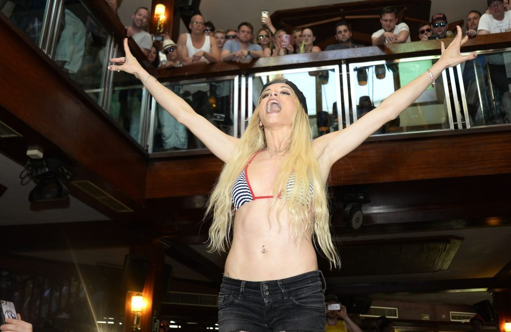 Mia Julia Bruckner (Mia Magma) Topless & Sexy (28 Photos)