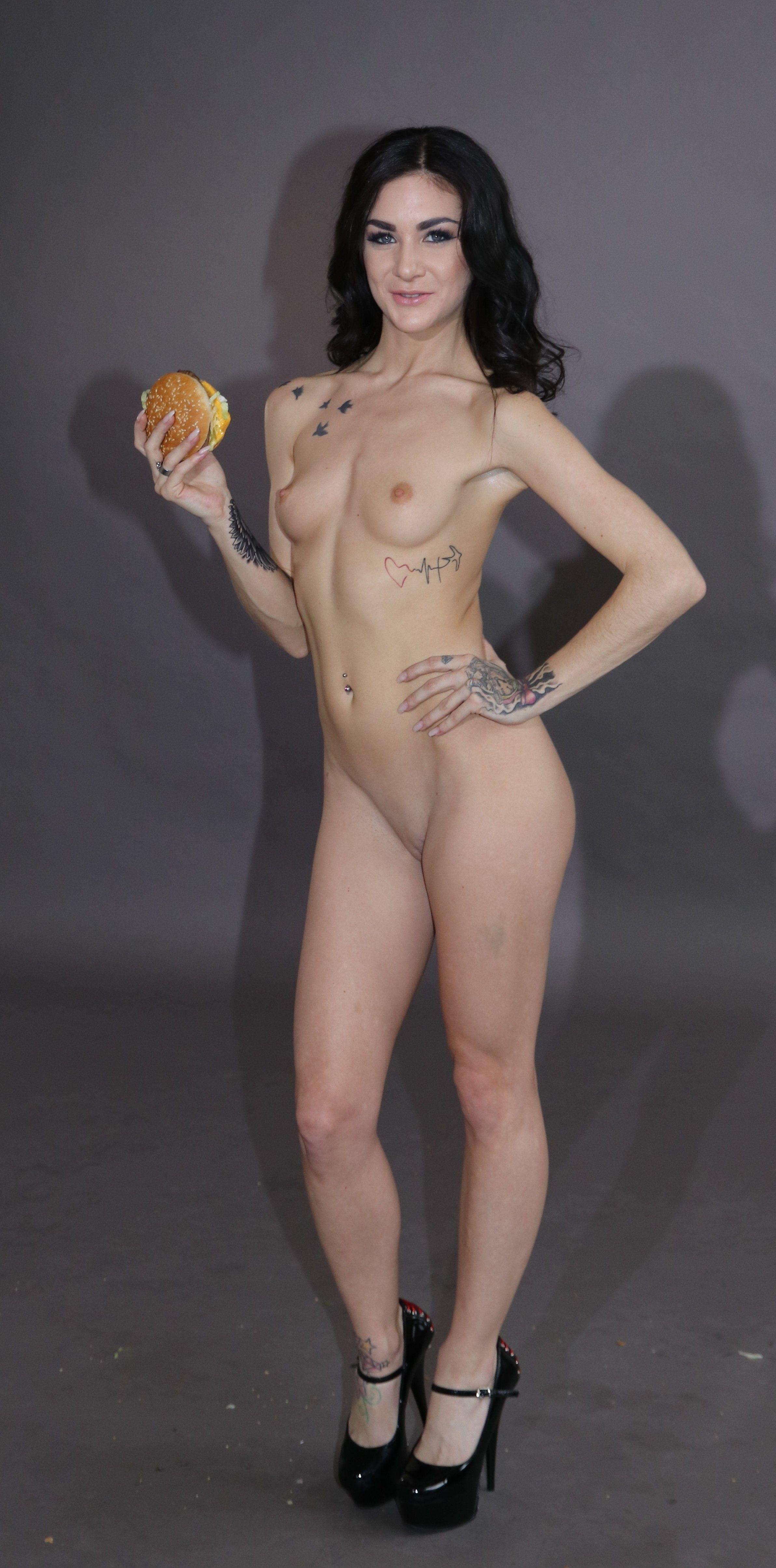 jackyvalentine nude