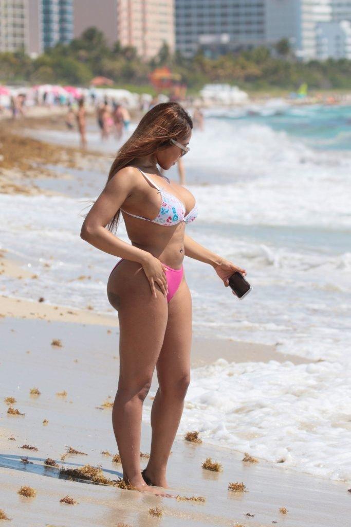 Moriah Mills Sexy (22 Photos)
