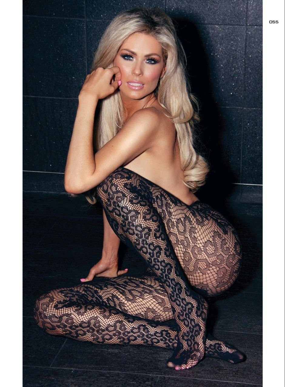 Nicola Mclean Pussy Ele nicola mclean nude & sexy (8 photos)   #thefappening