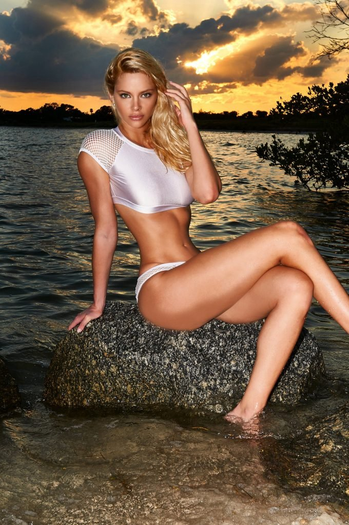 Ria Antoniou Nude & Sexy (40 Photos) | #TheFappening