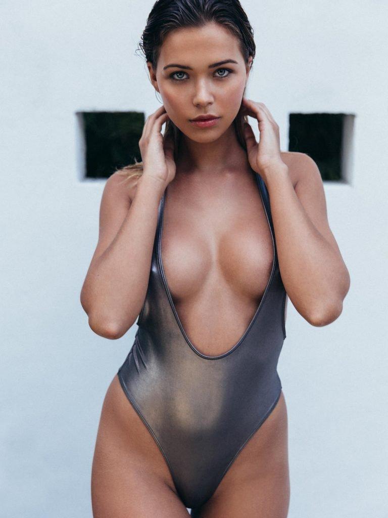 shelby chesnes nude photos