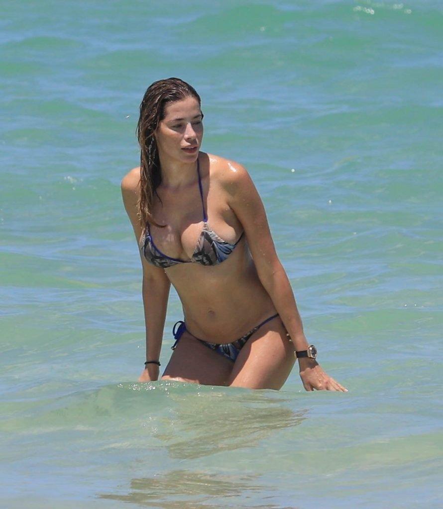 Aida Yespica Sexy (26 Photos)