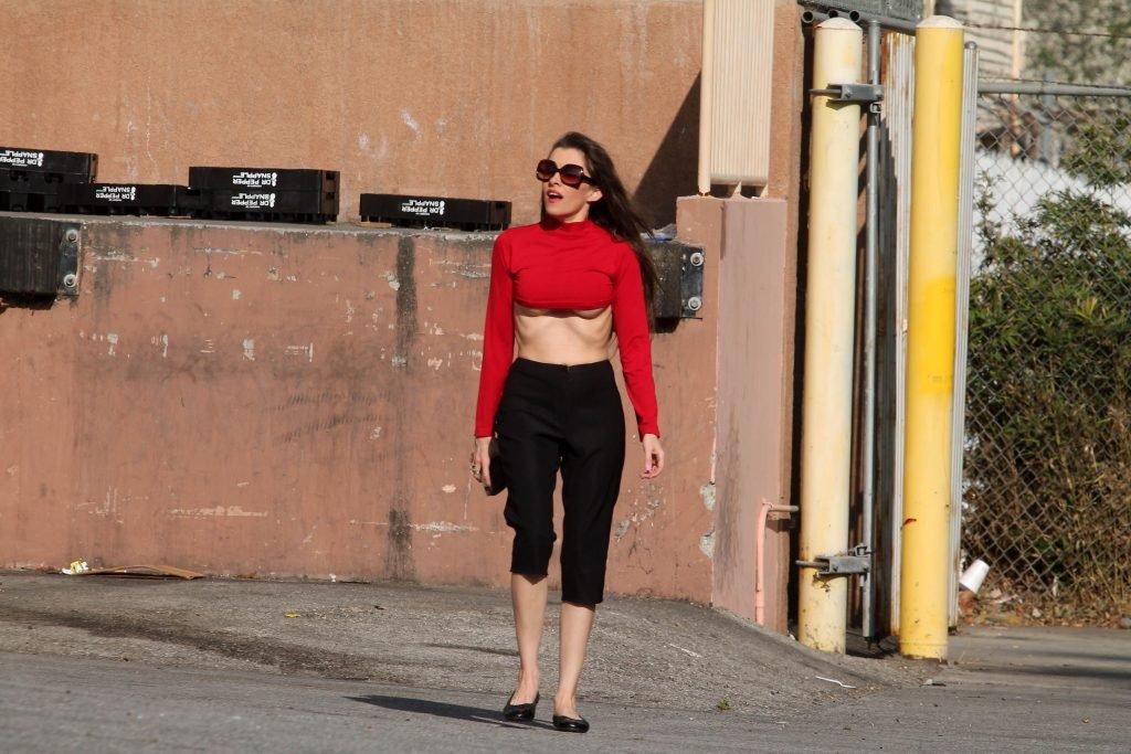 Alicia Arden Underboob (48 Photos)