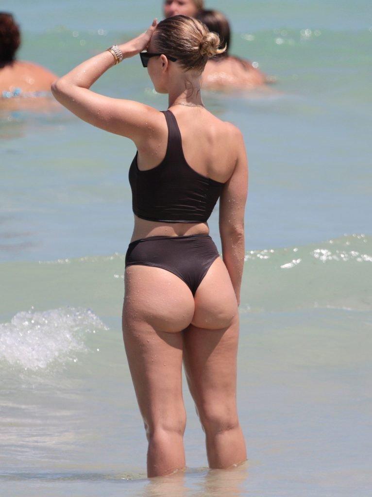Bianca Elouise Sexy (26 Photos)