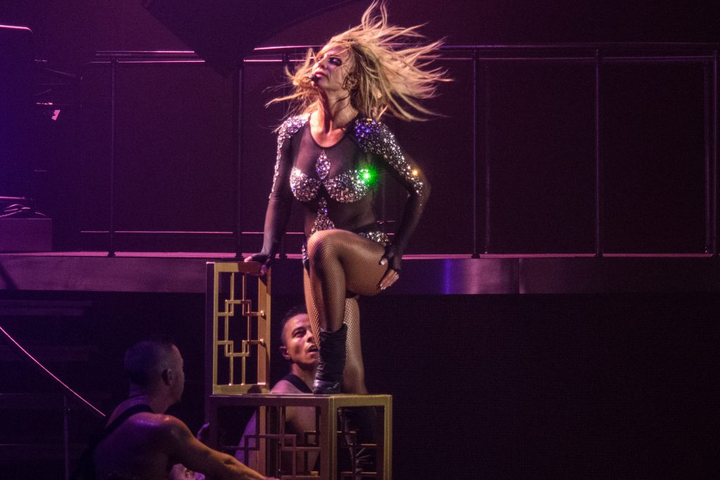 Britney Spears Sexy (22 Photos + Videos)