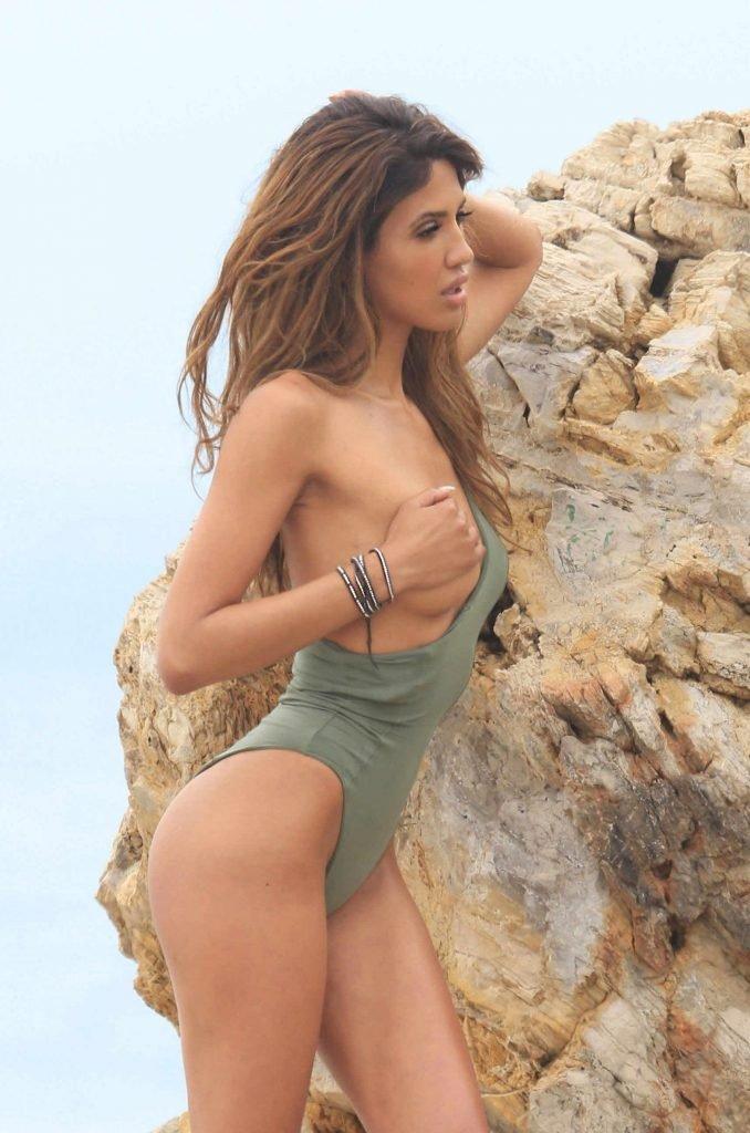 CJ Franco Sexy & Topless (39 Photos)