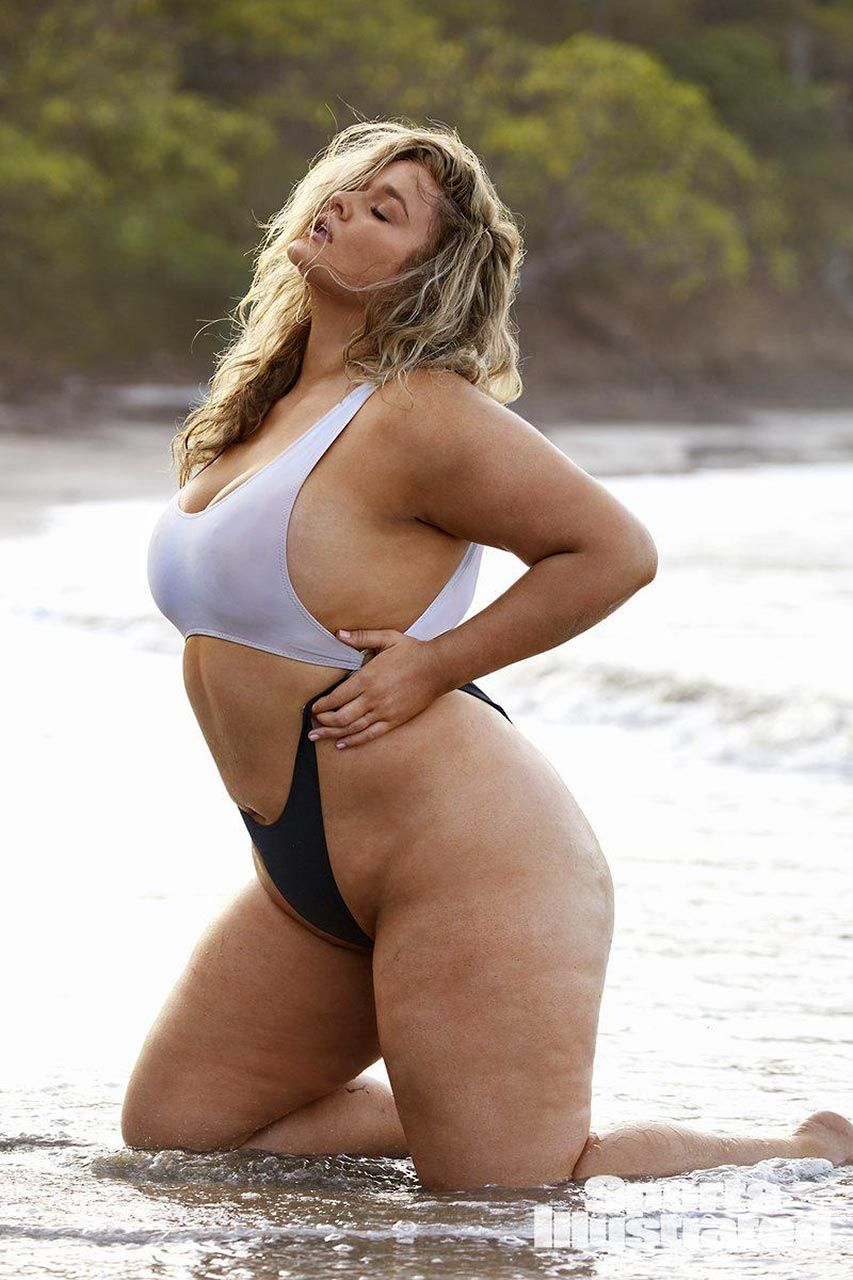Hunter McGrady Nude & Sexy Collection (152 Photos + Videos)