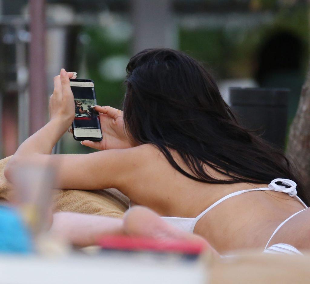 Chloe Khan Sexy (46 Photos)