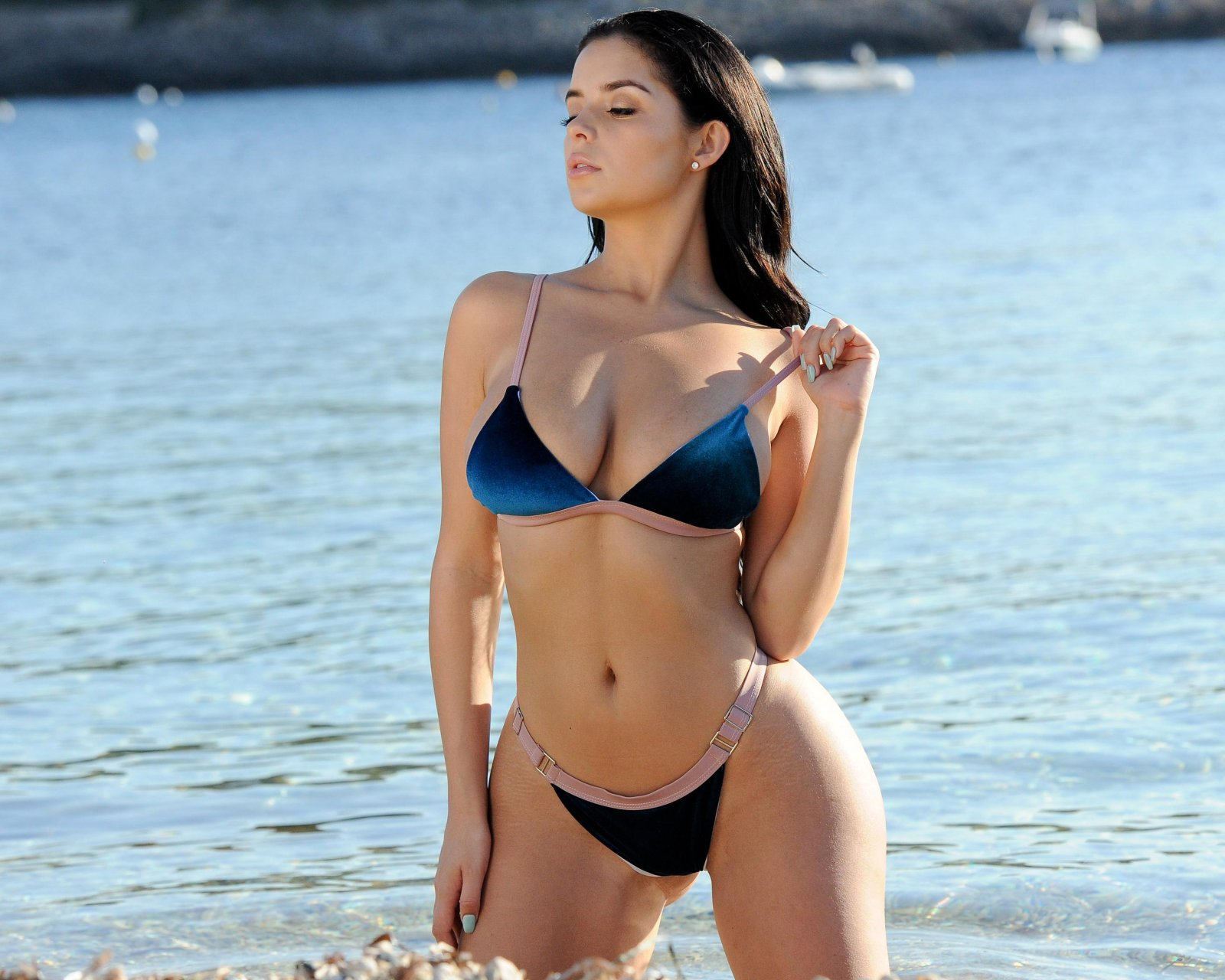 Demi Rose Mawby Sexy (14 Photos) | #TheFappening