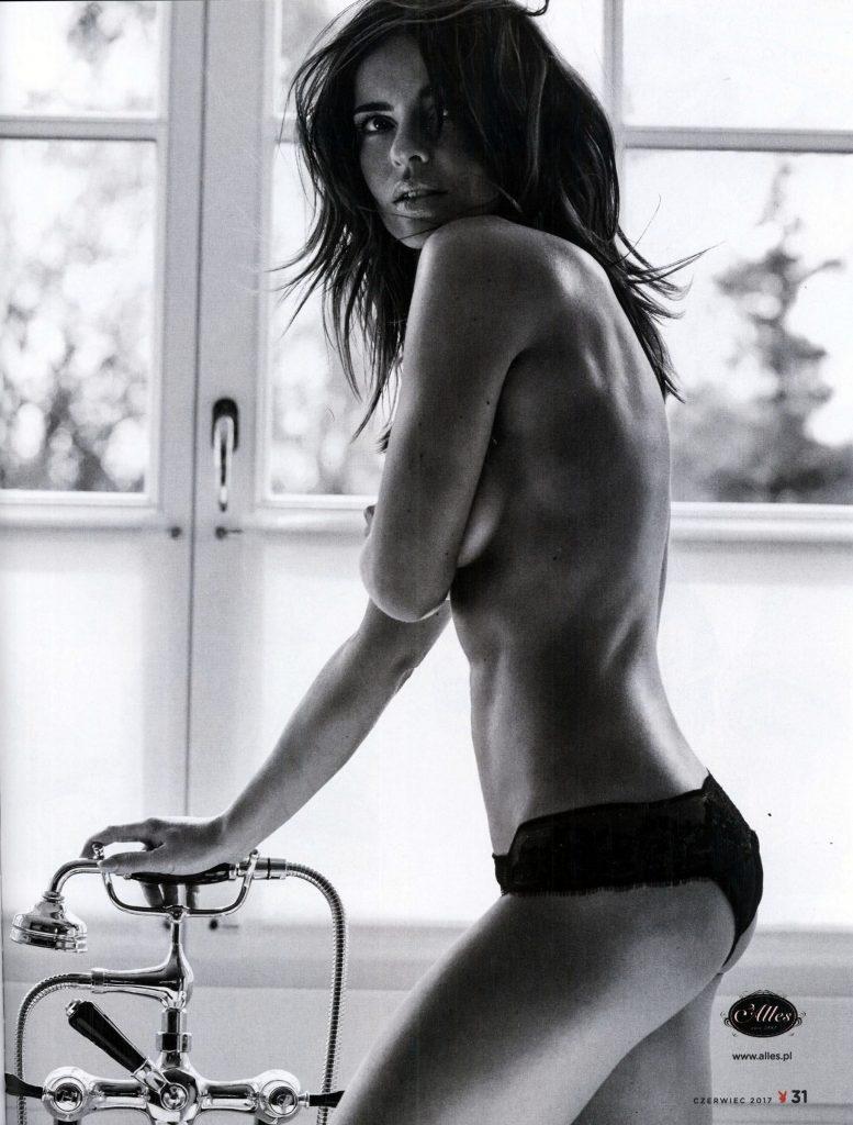 Edyta Herbuś Nude & Sexy (15 Photos)