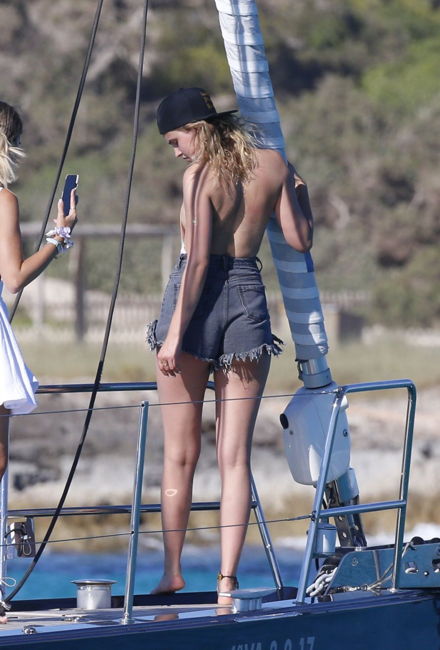 Ass Aly Michalka naked (14 foto) Gallery, Snapchat, swimsuit