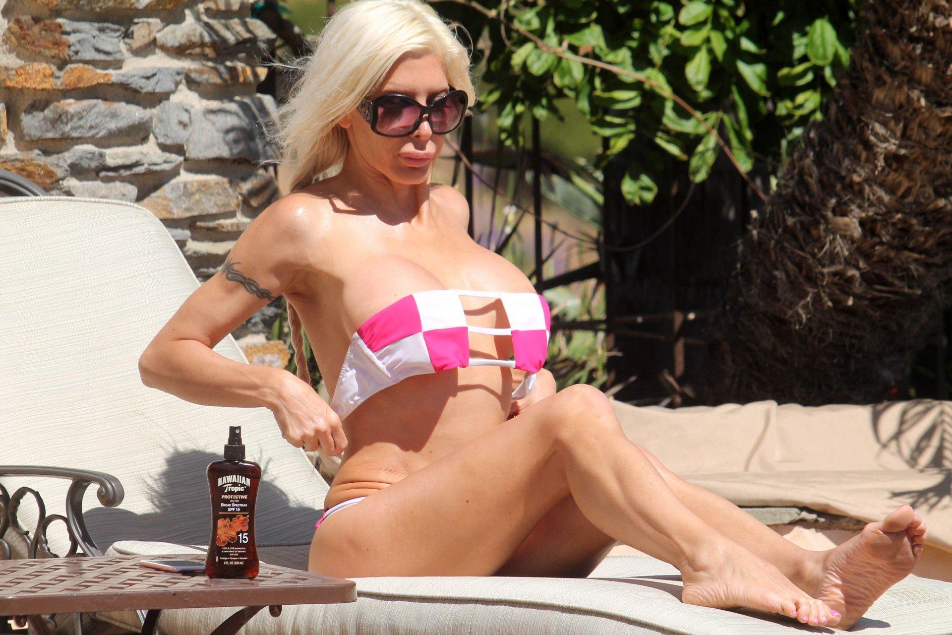 Jordan capozzi 2019 Sex image Dianna Agron Erotic,Cardi b close up 4