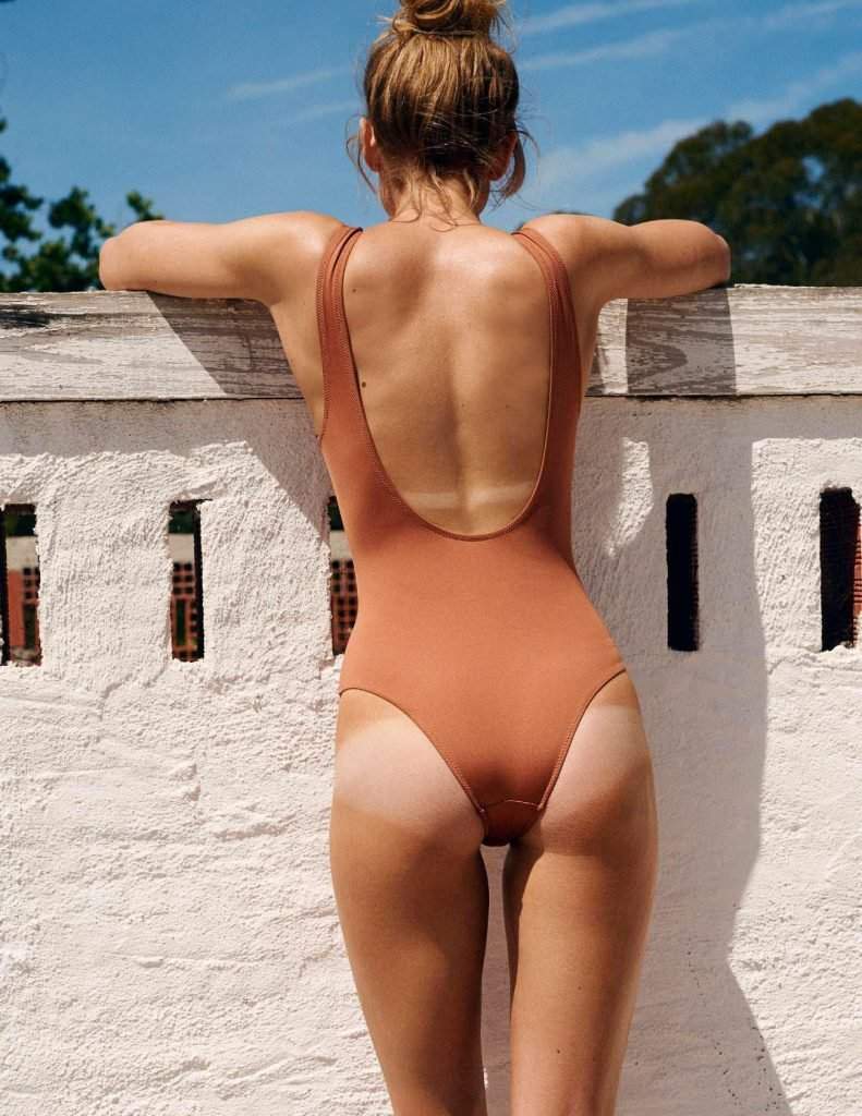 Frida Gustavsson Sexy (19 Photos)