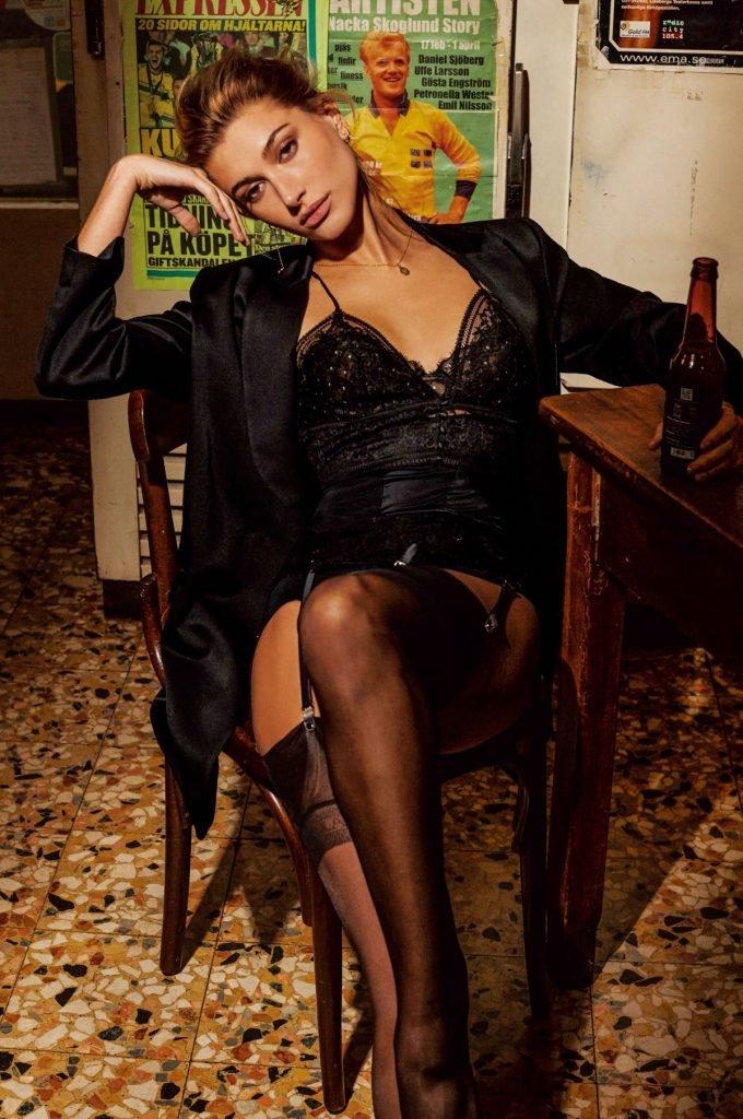 Hailey Baldwin (9 Sexy Photos)