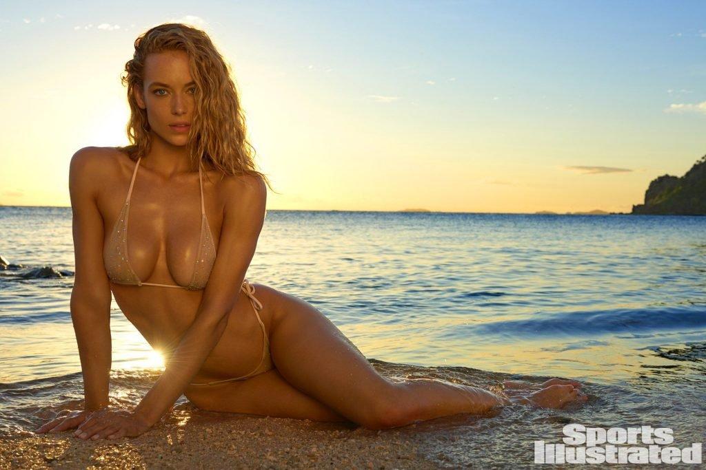 Hannah Ferguson Sexy (33 Photos + Video & GIFs)