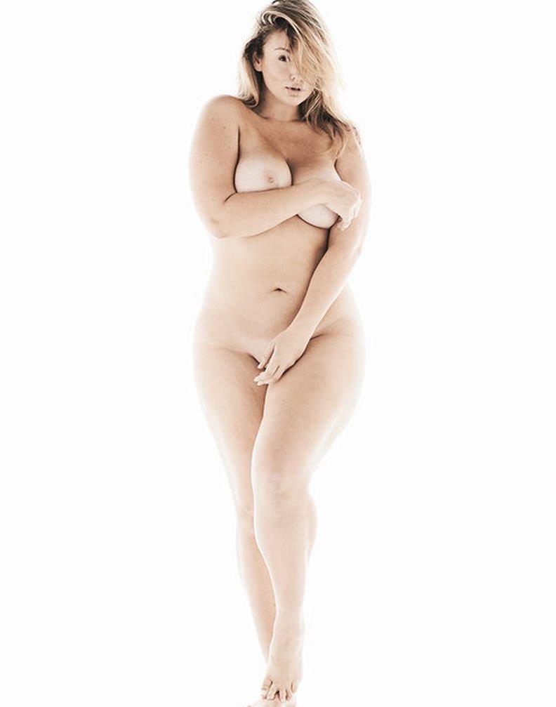 midget with giant dildo