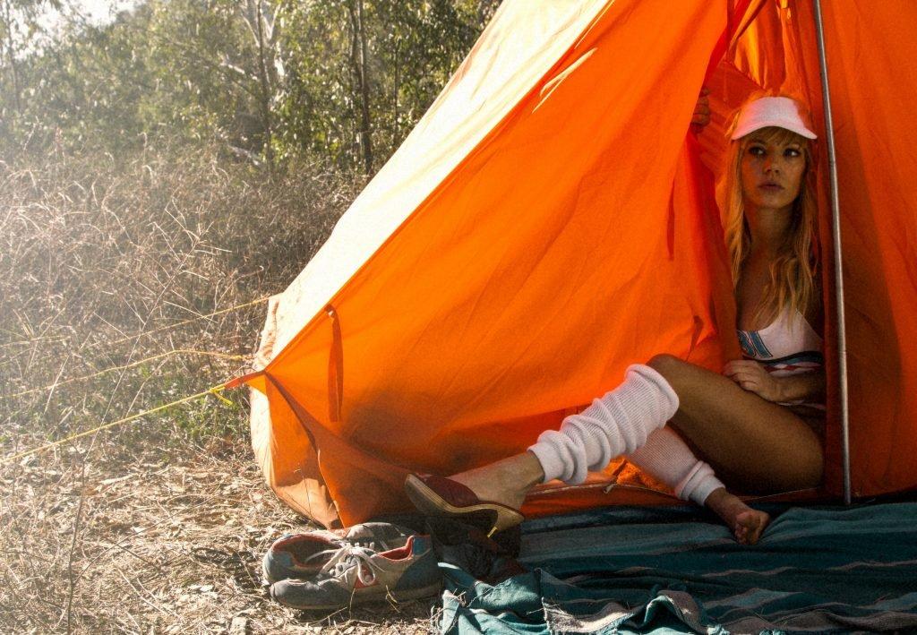 Katheryn Winnick Sexy (5 Photos)