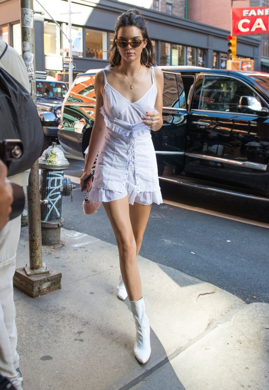 Kendall Jenner See Through 17 New Photos Thefappening
